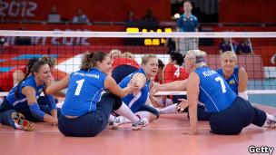 Ukrajinky v udari - vony vyhraly u brytanok u volejbol sydiačy